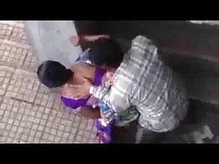 लवली मोटी बीबीडब्ल्यू फूहड़ सेक्सी फिल्म फुल एचडी फिल्म उसके BF द्वारा गड़बड़ हो रही है