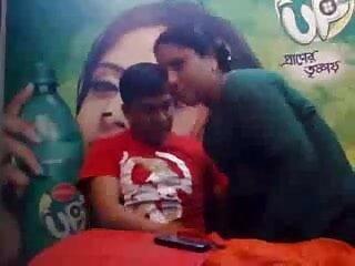 धूम्रपान बुत 109 सेक्सी मूवी फुल एचडी हिंदी में
