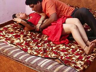 वेबकैम पर सेक्स मूवी एचडी में त्रिगुट