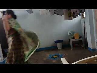 गृहिणी 20 बी टीएमएक्स हिंदी सेक्सी फुल मूवी एचडी