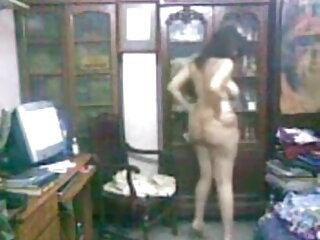 फिशनेट्स में प्यारा किशोर, एक गर्म कमरे में बंधा सेक्सी फिल्म हिंदी फुल एचडी हुआ