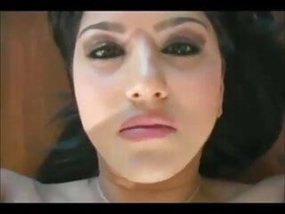करेन सेक्सी एचडी हिंदी मूवी लैंकोम - कान में डीपी