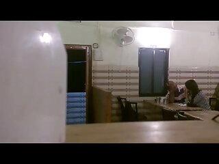 एचडी हिंदी सेक्सी फुल मूवी एचडी में एक बड़ा लाल डिल्डो के साथ हस्तमैथुन करते हुए किशोर