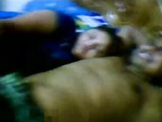 बड़े हिंदी सेक्सी एचडी मूवी स्तन एमआईएलए रसोई में एक बड़ा मुर्गा द्वारा गड़बड़ कर दिया