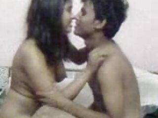 दो किशोर बड़े डिक चूसना हिंदी सेक्सी फुल मूवी एचडी में