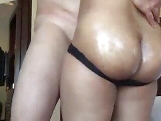 लंबा विशालकाय बूब्स कौगर खुद को स्पर्श करते हैं हिंदी सेक्स वीडियो मूवी एचडी