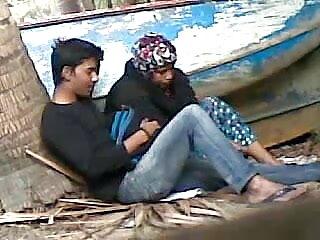 प्रेमिका विशेष हिटाची हिंदी सेक्स वीडियो मूवी एचडी और डिल्डो शो में डालती है