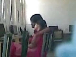बीबीडब्ल्यू एमआईएलए बाल्क आदमी के सेक्सी हिंदी एचडी फुल मूवी साथ हुक