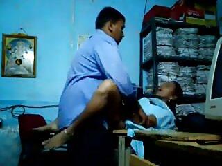 शहर में दो पुरुषों हिंदी में सेक्सी मूवी एचडी के साथ एक भव्य गोरा