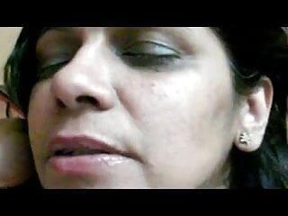 इस लड़की सेक्सी मूवी हिंदी में फुल एचडी के लिए किंकी पिटाई