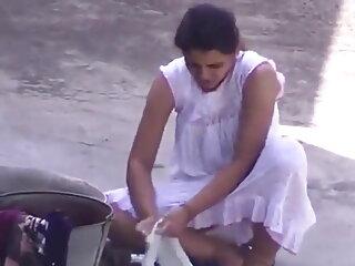 लेस्बियन सेक्सी एचडी मूवी हिंदी में डॉक्टर की मालिश